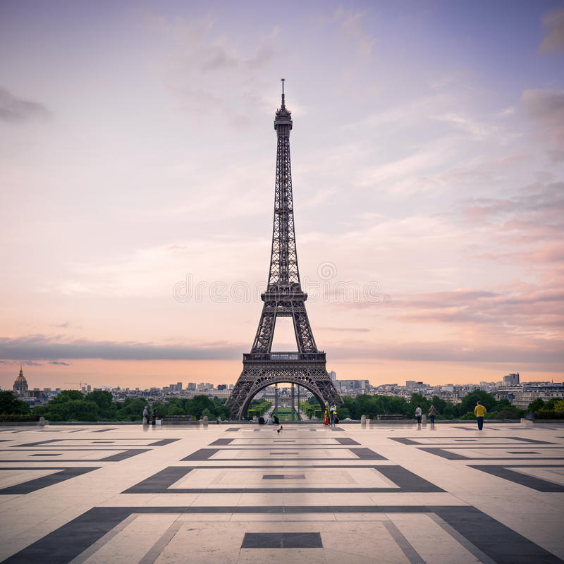 Trocadero i wieża eifla przy światłem słonecznym obrazy royalty free