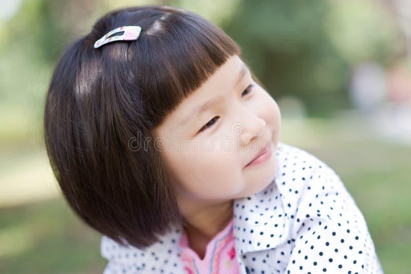 trochę azjatykcia śliczna dziewczyna zdjęcia stock