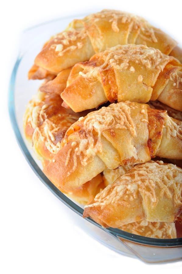 trochę croissants serowy baleron zdjęcie stock