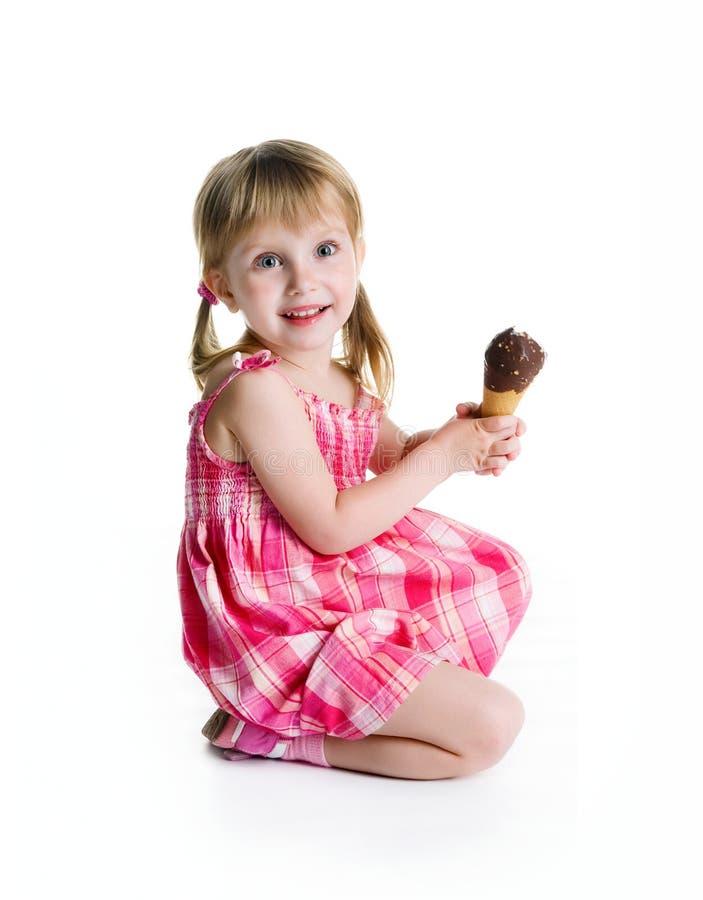 trochę dziewczyna kremowy śliczny lód zdjęcie royalty free
