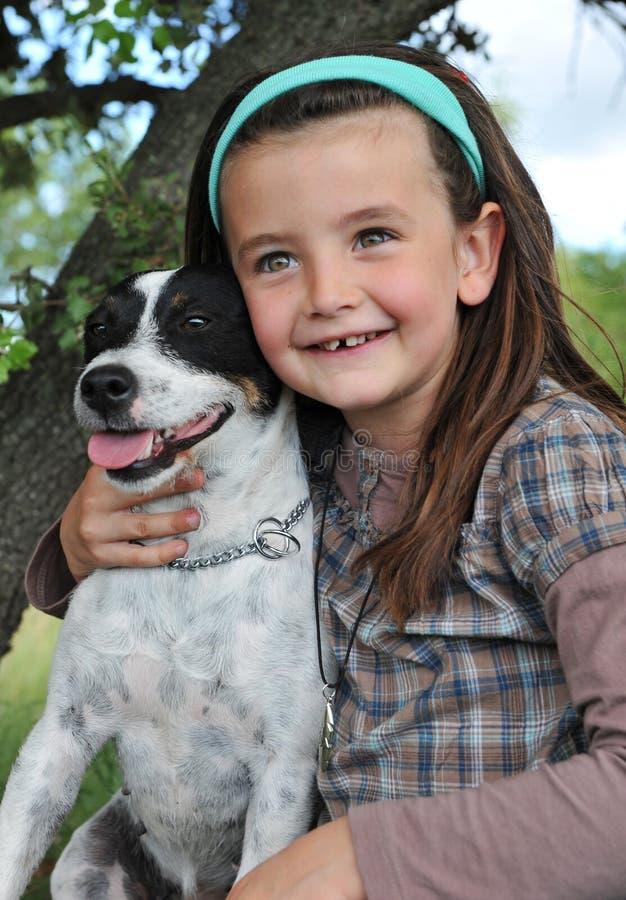 trochę psia dziewczyna zdjęcie royalty free