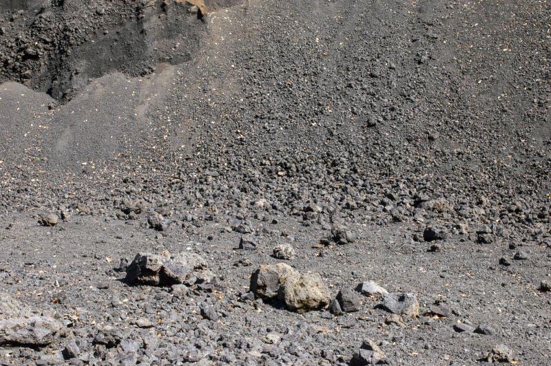 Trockene Ansicht von vulkanischen Felsen stockfotos