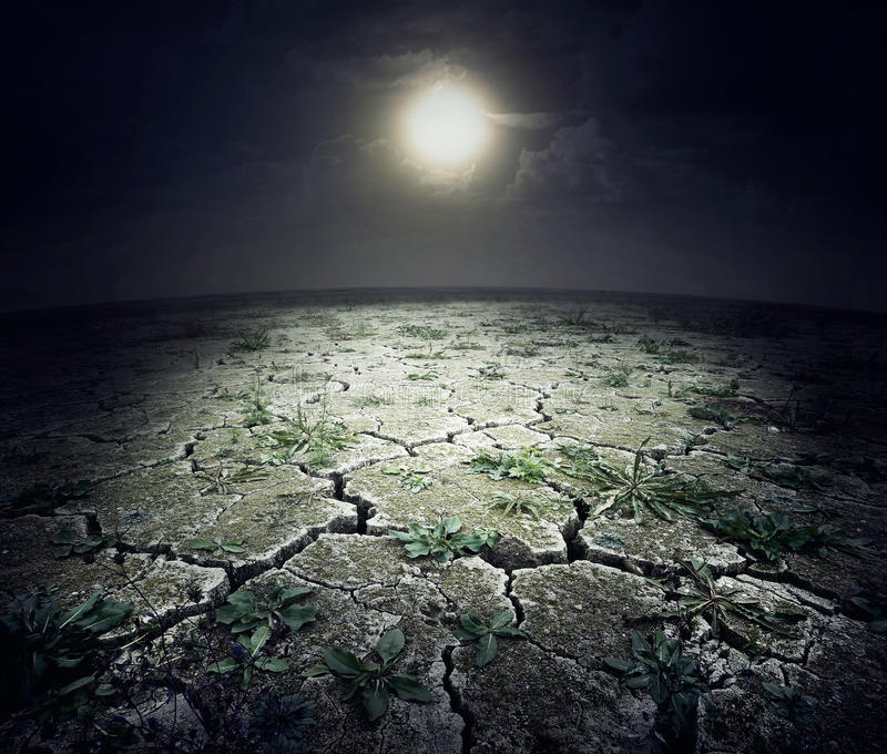 Trockene gebrochene Oberfläche des Planeten lizenzfreie stockfotografie