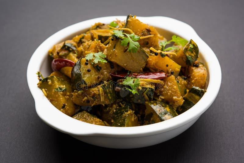 Trockener Curry populären indischen Hauptgericht Gemüsekürbises oder kaddooor kaddu ki sabzi in Hindi, lal bhopla Chi bhaji im Ma lizenzfreie stockfotos