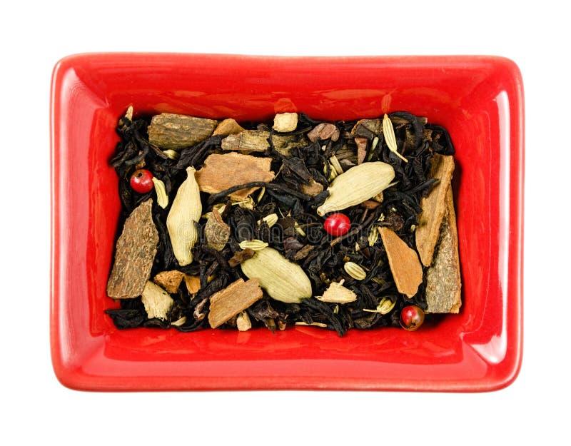 Trockener Tee in einer Schüssel Getrennt lizenzfreie stockfotos