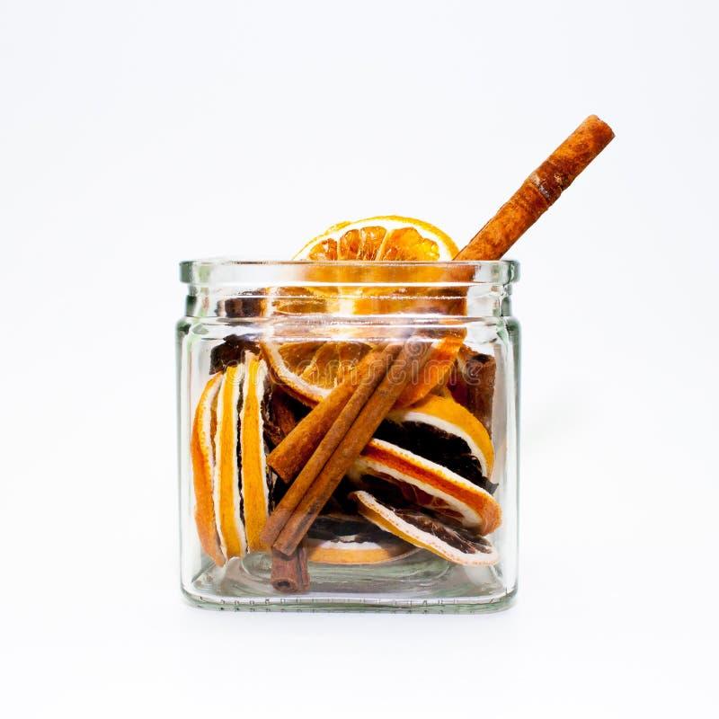 Trockenfrüchte in einem Glas stockbilder