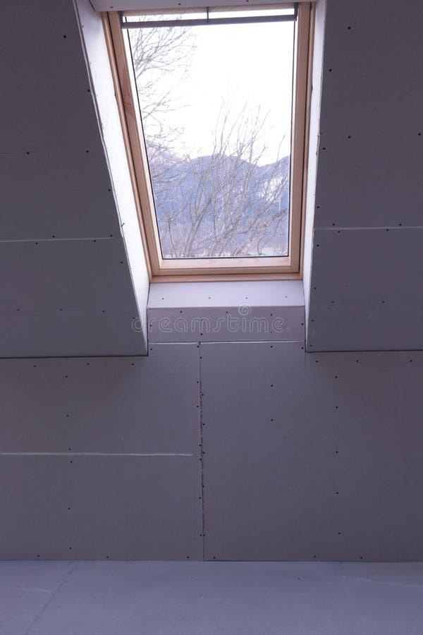 Trockenmauergipskartons im Haus lizenzfreies stockfoto