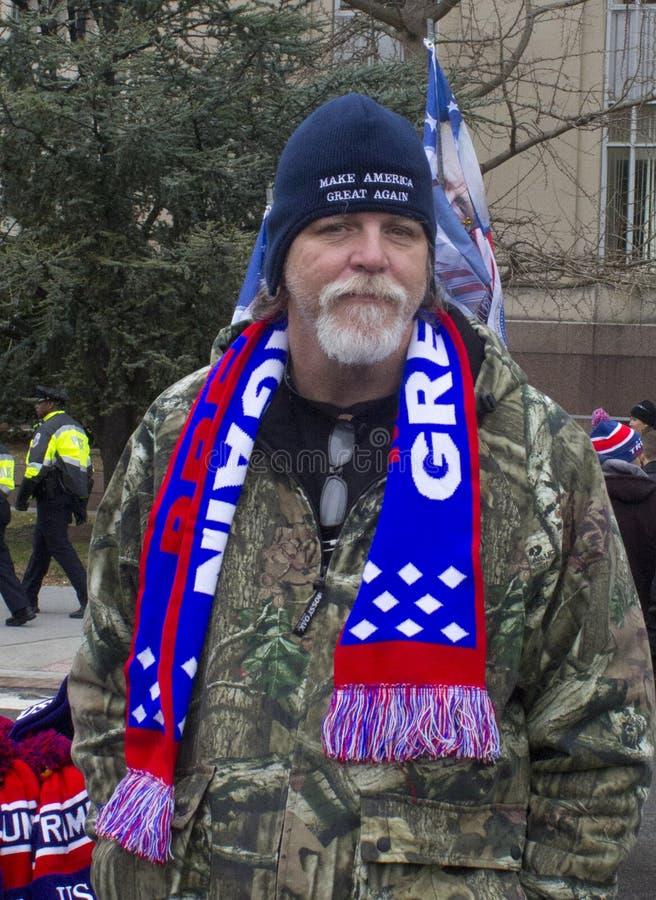 Troefverdedigers buiten de Inauguratie 2017 van Donald Trump ` s stock afbeelding