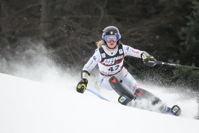 Troféu 2019 da rainha da neve - slalom das senhoras imagens de stock royalty free