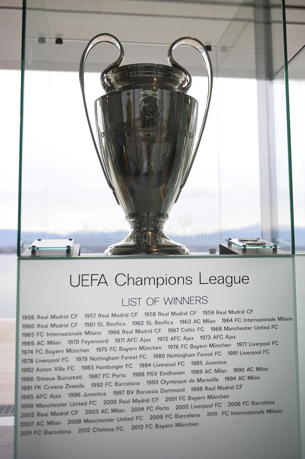 Trofeo de la liga de campeones de UEFA foto de archivo libre de regalías