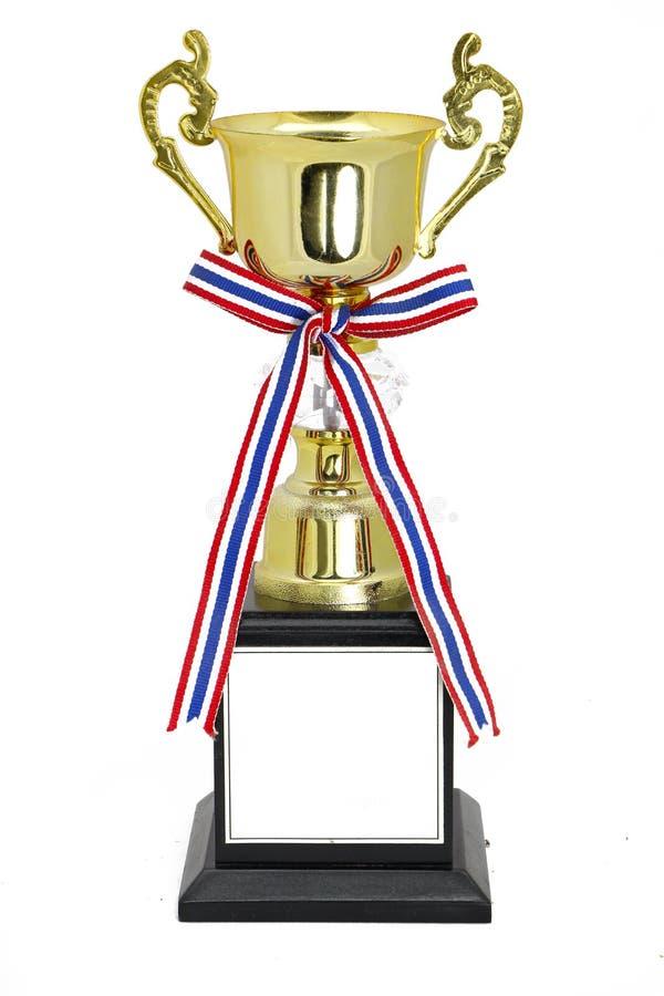 Trofeo del oro del campeón aislado con la trayectoria de recortes fotos de archivo