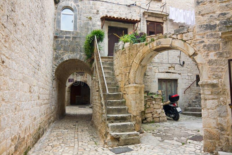 Trogir, cidade na Croácia imagens de stock royalty free