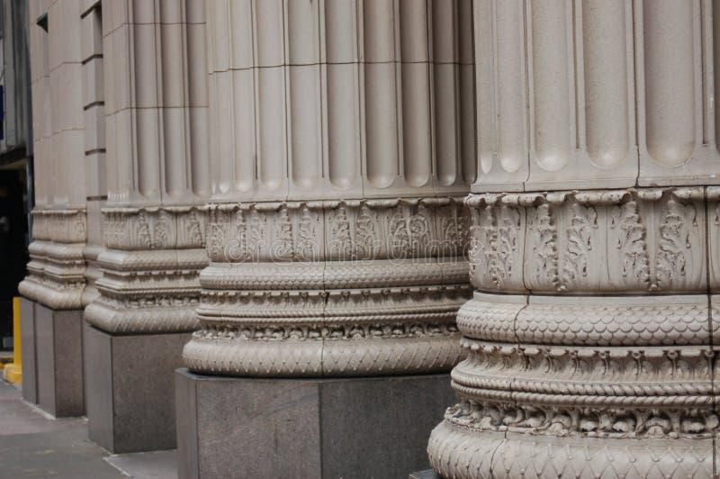 Trois colonnes d'édifice bancaire, Portland, Orégon images stock