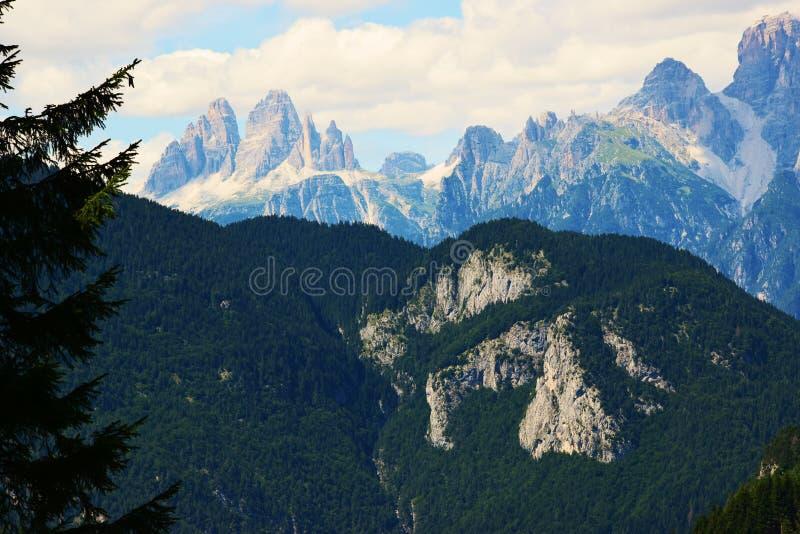 Trois crêtes de Lavaredo, dans Cadore, montagnes de Dolomity, Italie photo stock
