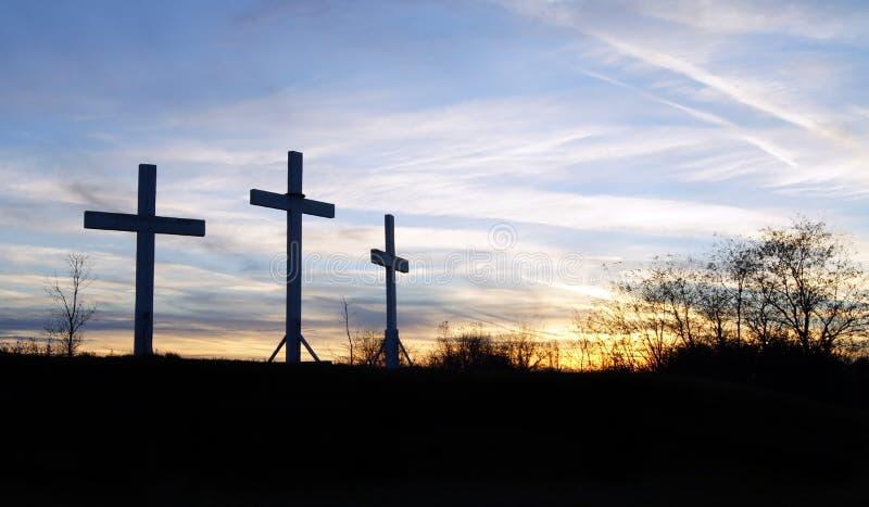 Trois croix en bois image stock