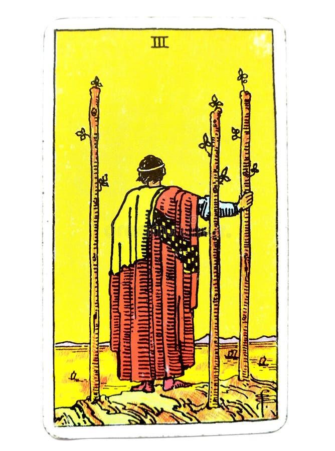 3 trois de croissance étrangère de terres de voyage de carte de tarot de baguettes magiques avançant avec des plans regardant à l illustration libre de droits