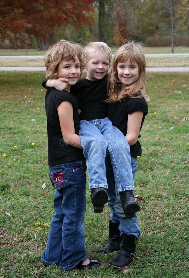 Trois enfants image libre de droits