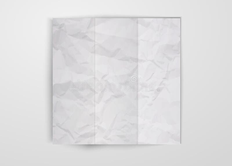 Trois fois ont plié la feuille de papier chiffonnée blanche placée sur le fond blanc Texture de conception carrée de papier chiff illustration stock
