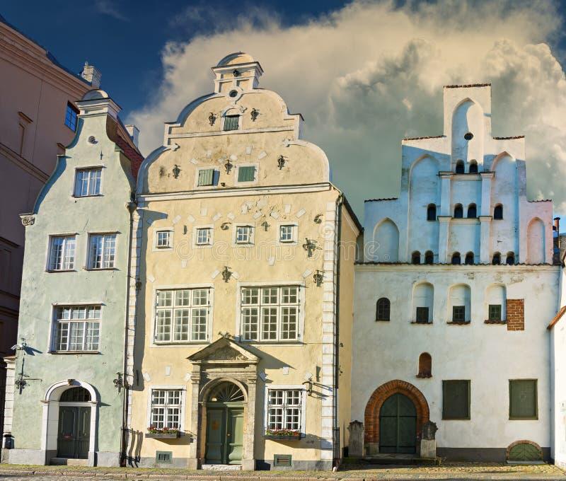 Trois frères les bâtiments médiévaux les plus anciens à Riga, Lettonie photographie stock