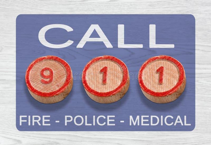 Trois morceaux en bois dépeignant 911 numéros d'urgence image stock