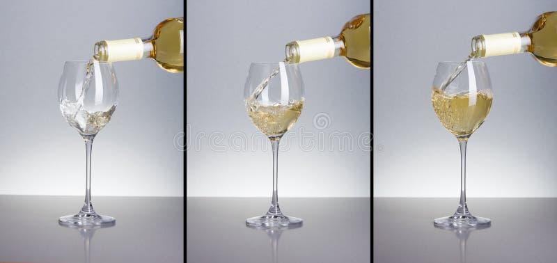 Trois phases de vin blanc de versement image stock