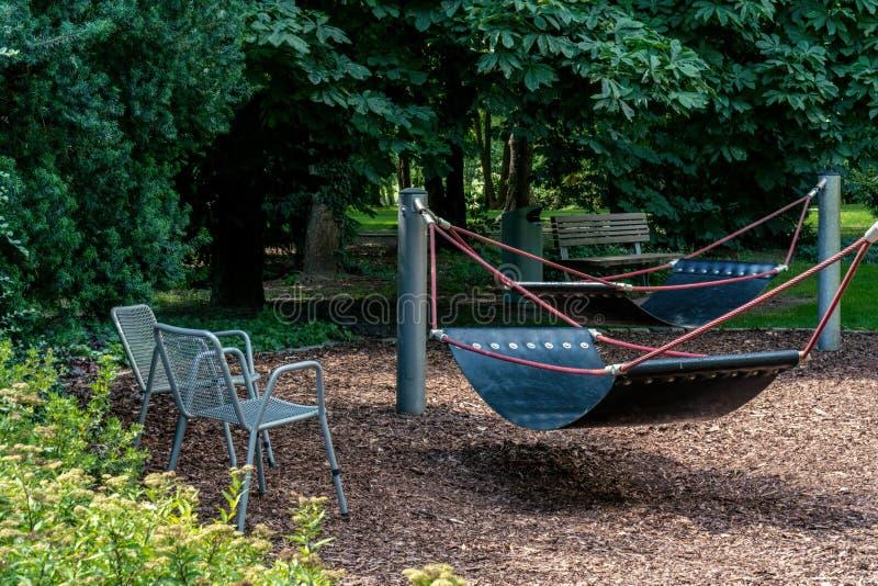 Trois possibilités d'allocation des places en parc public photo libre de droits