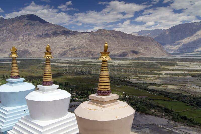 Trois Stupas (Gompas) dans Ladakh, Inde photos libres de droits