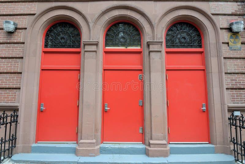 Trois trappes rouges photo libre de droits