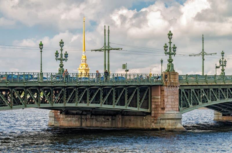 Troitsky三位一体桥梁的片段 库存图片