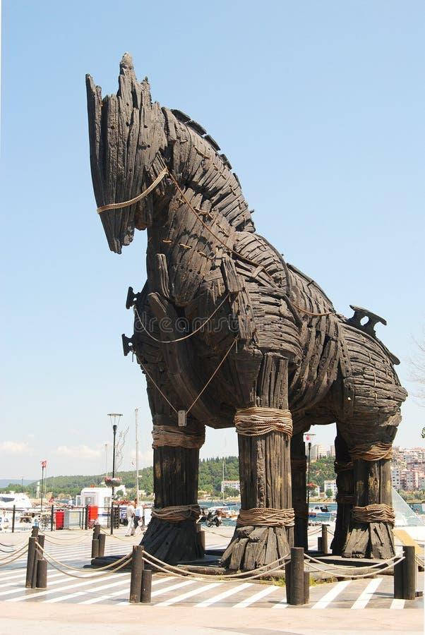 Trojanska hästen från filmen Troy på strandpromenaden av Canakkale royaltyfria bilder