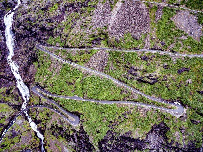 Troll дорога горы замотка пути Trollstigen или Trollstigveien ` s стоковые фото