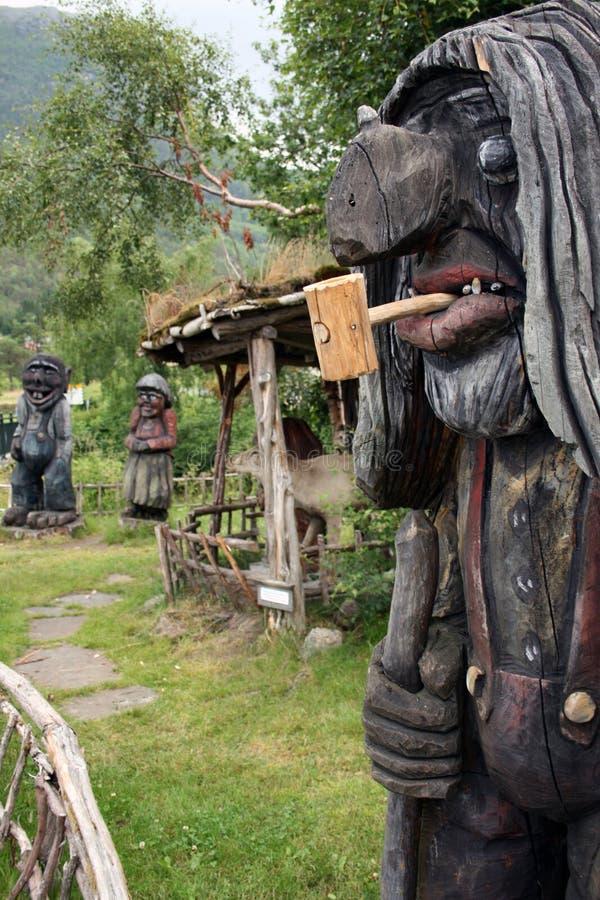 trolls деревянное стоковые фото