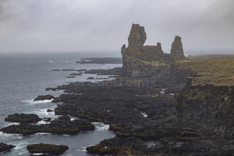Trolls Londrangar στην Ισλανδία στοκ φωτογραφία με δικαίωμα ελεύθερης χρήσης