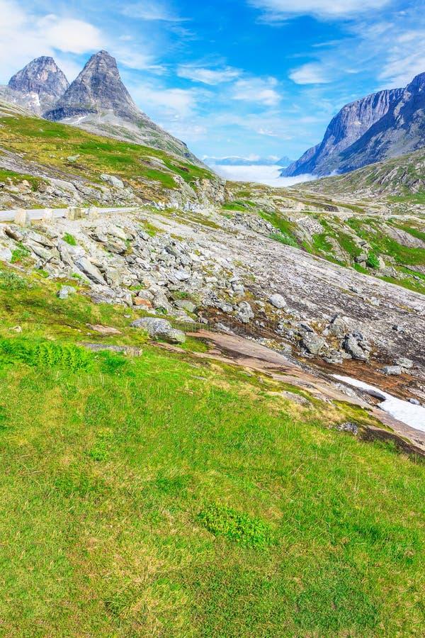 Trollstigen (błyszczki droga) Norwegia obraz stock