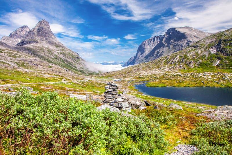 Trollstigen błyszczki droga w Norwegia obrazy stock