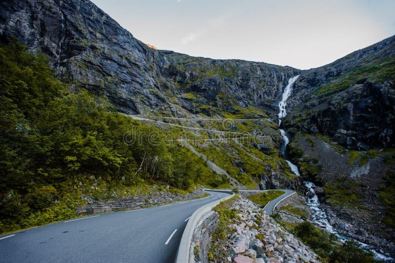 Trollstigen - halna droga w Norwegia zdjęcia royalty free