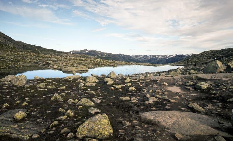 Trolltunga в Норвегии стоковая фотография rf