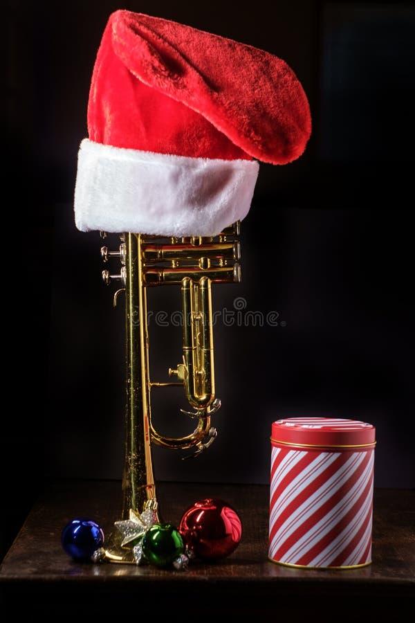 Trombeta da m?sica do Natal imagem de stock royalty free