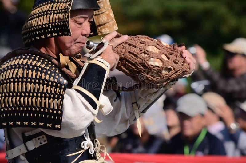 Trombettista alla parata di Jidai Matsuri, Giappone del samurai fotografia stock libera da diritti