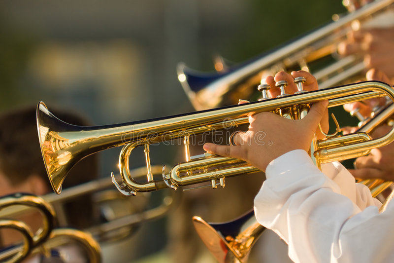 Trombones d'or photo libre de droits