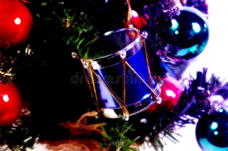Download Trommel-Verzierung stockbild. Bild von dezember, decorate - 43099