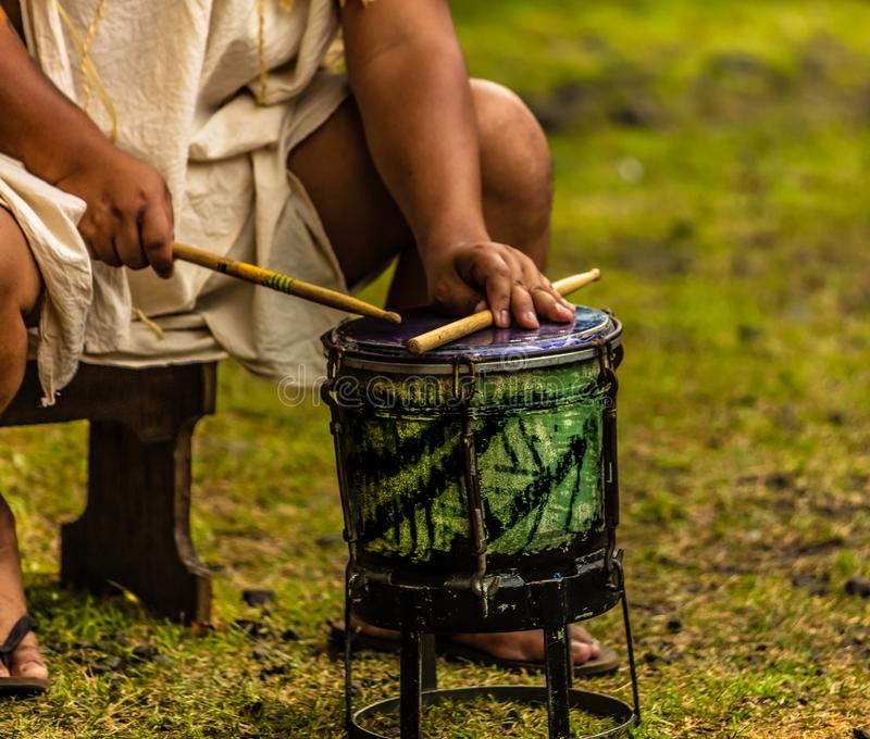 TROMMEL VON TAHITI lizenzfreies stockfoto