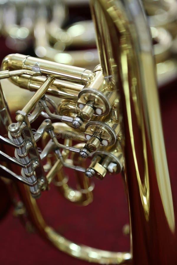 Download Trompeta foto de archivo. Imagen de pistones, musical - 41901260