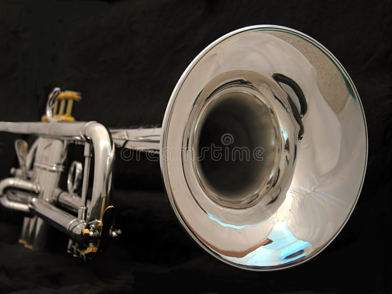 Trompeta de plata Bell fotos de archivo libres de regalías