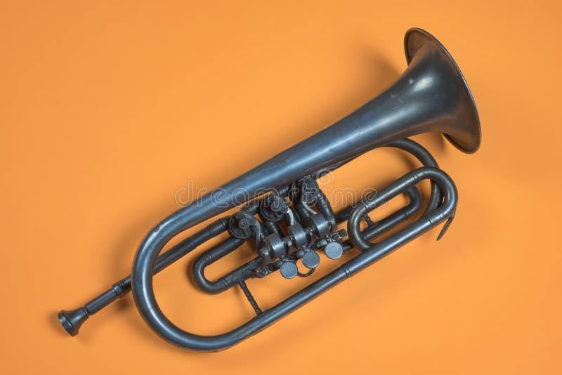 Trompeta de plata vieja foto de archivo libre de regalías