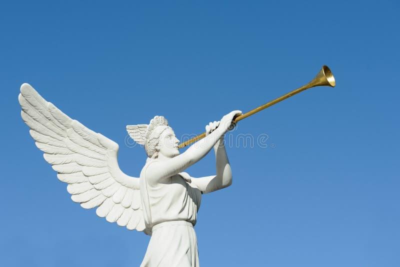 Trompetista do anjo imagens de stock royalty free