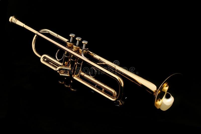 Trompette d'or photo libre de droits