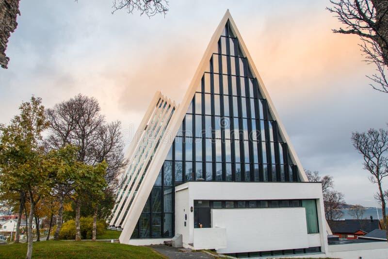 Tromse, Noruega O Cathedra ártico imagem de stock royalty free
