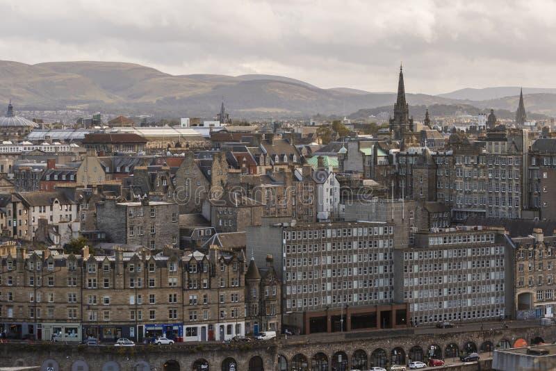Tron Kirk y horizonte de Edimburgo de las colinas de Pentland imagenes de archivo