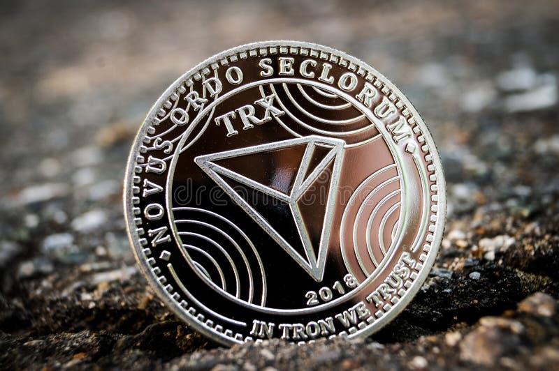 Tron TRX es una manera moderna de intercambio y esta moneda crypto es los medios del pago convenientes en el mercado financiero y fotos de archivo libres de regalías